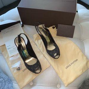 🙊LOUIS VUITTON sling back heels 🙈